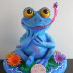 sculpted frog cake
