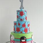 Kokeshi dolls cake